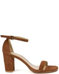 Sandalias de tacón de ante marrónes de Stuart Weitzman