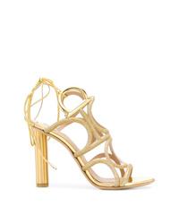 Sandalias de tacón de cuero doradas de Salvatore Ferragamo