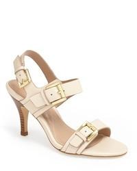 Sandalias de tacón de cuero en beige