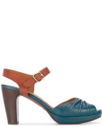 Sandalias de tacón de cuero en verde azulado de Chie Mihara