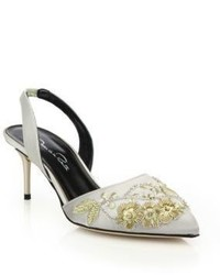 Sandalias de tacón de satén grises