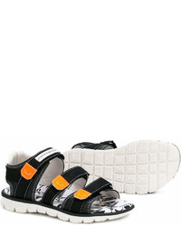 Sandalias negras de John Galliano