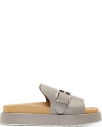 Sandalias planas de cuero grises
