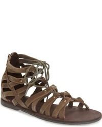 Sandalias romanas de ante marrónes