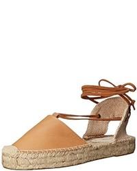 Sandalias romanas de cuero marrón claro de Soludos