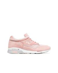 Tenis de ante rosados de New Balance