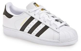 tenis adidas blancos con rayas negras