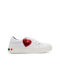 Tenis en blanco y rojo de Love Moschino