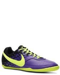 Tenis en violeta
