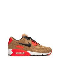 Tenis marrón claro de Nike
