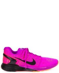 Tenis rosa de Nike