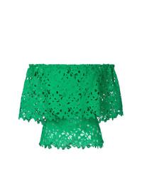 Top con hombros descubiertos de encaje verde de Bambah