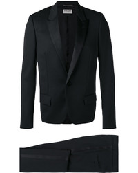 Traje negro de Saint Laurent