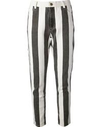 Vaqueros pitillo de rayas verticales en negro y blanco de Laurence Dolige