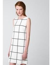 Vestido casual a cuadros en blanco y negro
