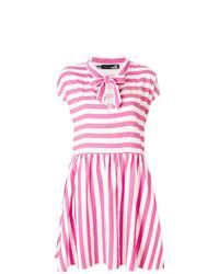Vestido casual de rayas horizontales rosa de Love Moschino