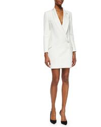 Vestido de esmoquin blanco