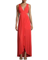 Vestido de Noche con Recorte Rojo
