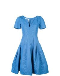 Vestido de vuelo azul de Oscar de la Renta