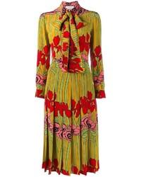 Vestido de vuelo con print de flores amarillo de Gucci
