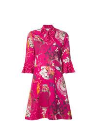Vestido de vuelo con print de flores rosa de Etro