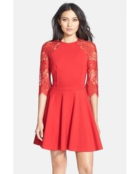 Vestido de vuelo rojo