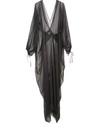 Vestido en gris oscuro de Isabel Benenato