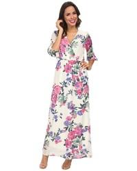 Vestido largo con print de flores en blanco y rosa