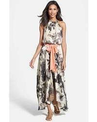 Vestido largo con print de flores
