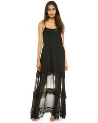Vestido largo de encaje negro