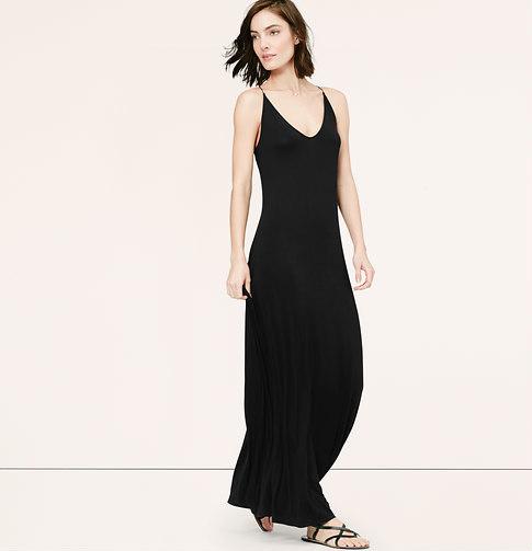 Como combinar vestido negro largo