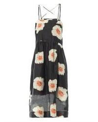 Vestido midi con print de flores en negro y blanco