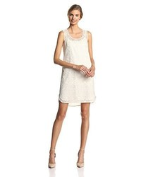 Vestido recto de encaje blanco de Ivy & Blu