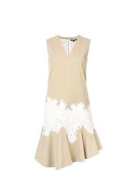 Vestido recto de encaje marrón claro de Derek Lam