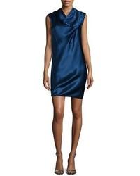 Vestido recto de seda azul marino