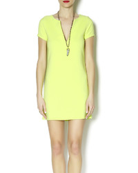 Vestido recto en amarillo verdoso