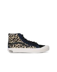 847f732c6 Zapatillas altas de leopardo marrón claro de Vans