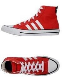Zapatillas altas en rojo y blanco