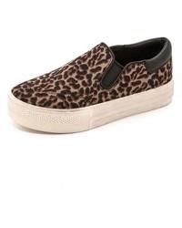 Zapatillas slip-on de ante de leopardo marrónes