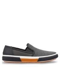 Zapatillas slip-on de lona en gris oscuro de Prada
