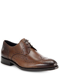 Zapatos brogue de cuero en marrón oscuro