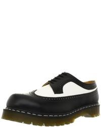 Zapatos brogue de cuero en negro y blanco de Dr. Martens