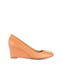 Zapatos con cuña de cuero naranjas de Tory Burch
