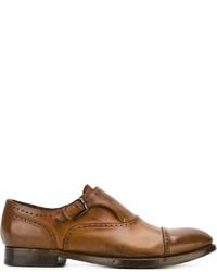 Zapatos con hebilla en tabaco original 10600370