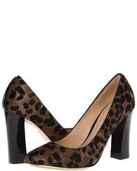Zapatos de tacón de ante de leopardo en marrón oscuro