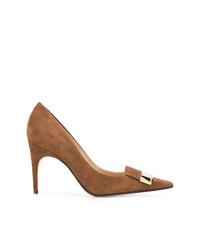 Zapatos de tacón de ante en tabaco de Sergio Rossi