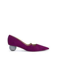 Zapatos de tacón de ante morado oscuro de Paul Andrew