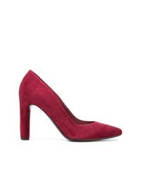 Zapatos de tacón de ante rojos de Del Carlo