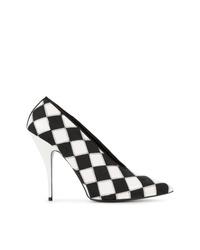 Zapatos de tacón de cuero a cuadros en negro y blanco