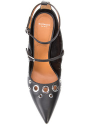 Zapatos de tacón de cuero con adornos negros de Givenchy